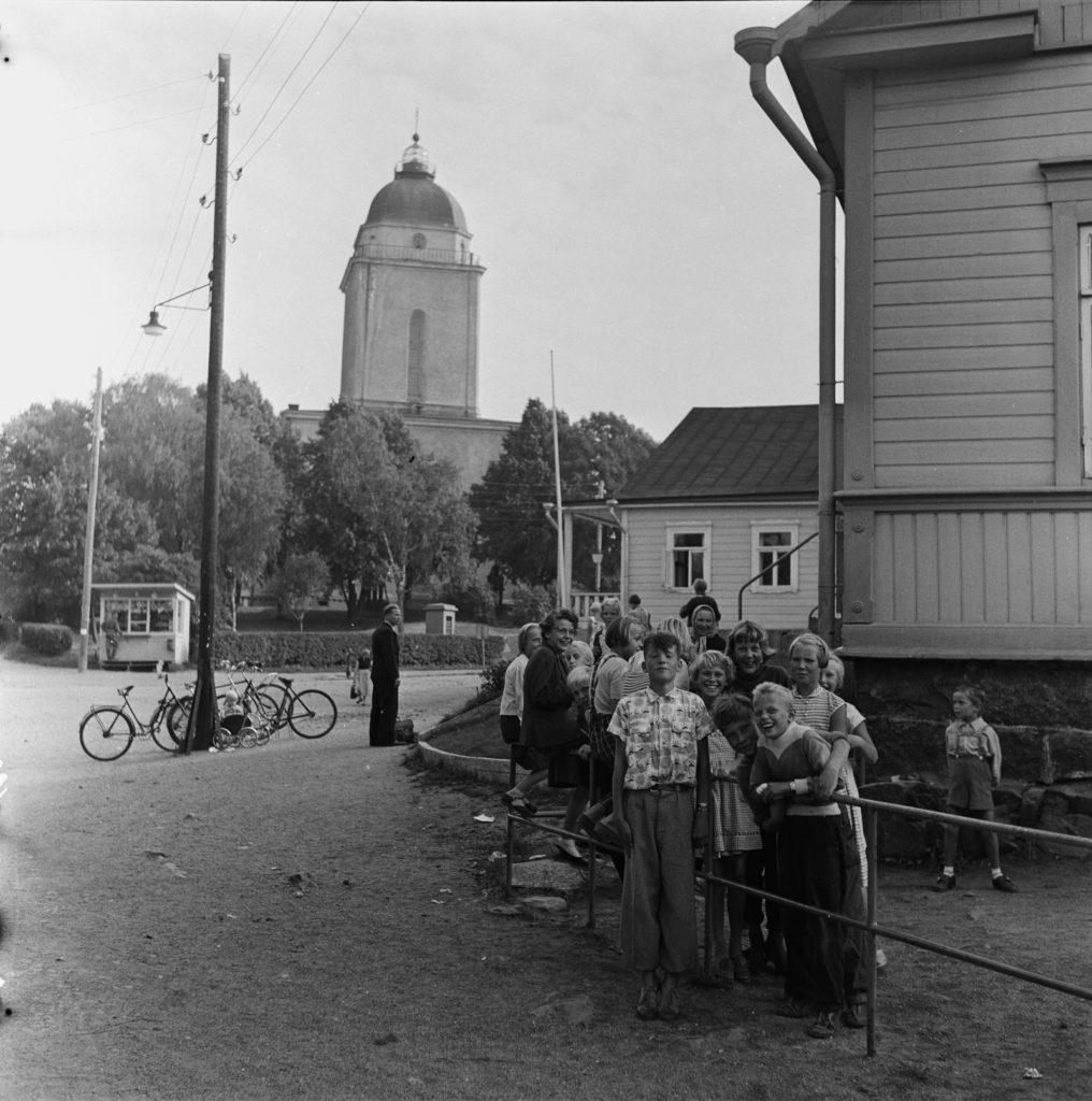 Elävä Suomenlinna 1955 vonVolker finna