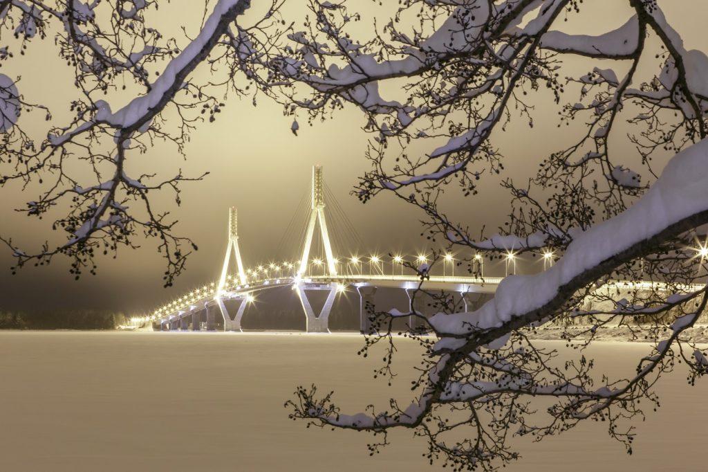 Raippaluodon silta talvella 1