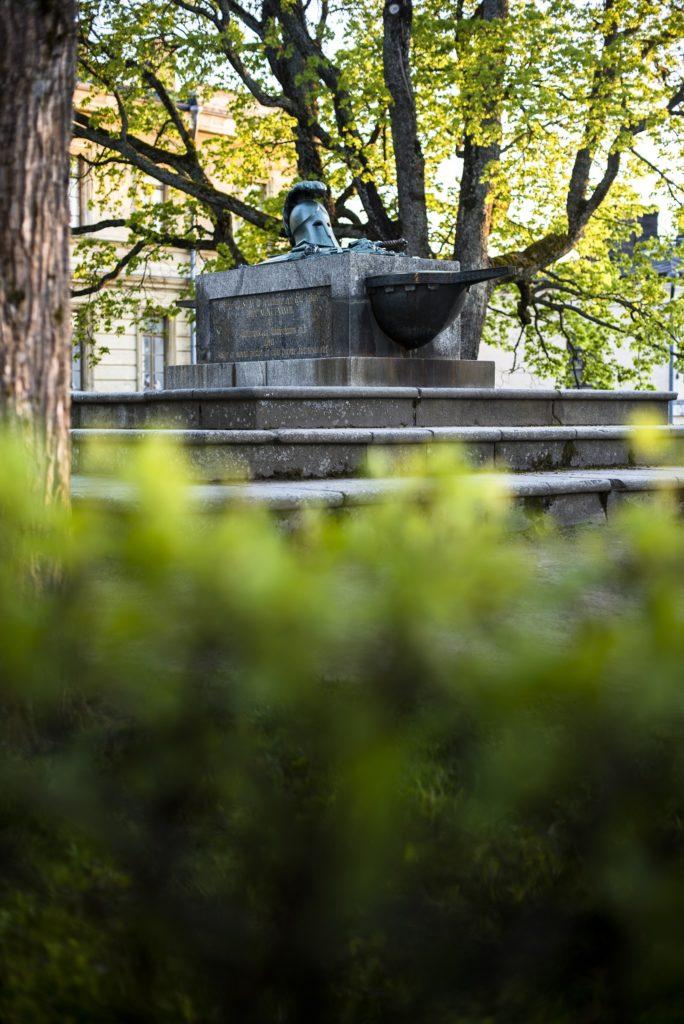 Suomenlinnan Ehrensvärdin hauta kuva Arttu Kokkonen