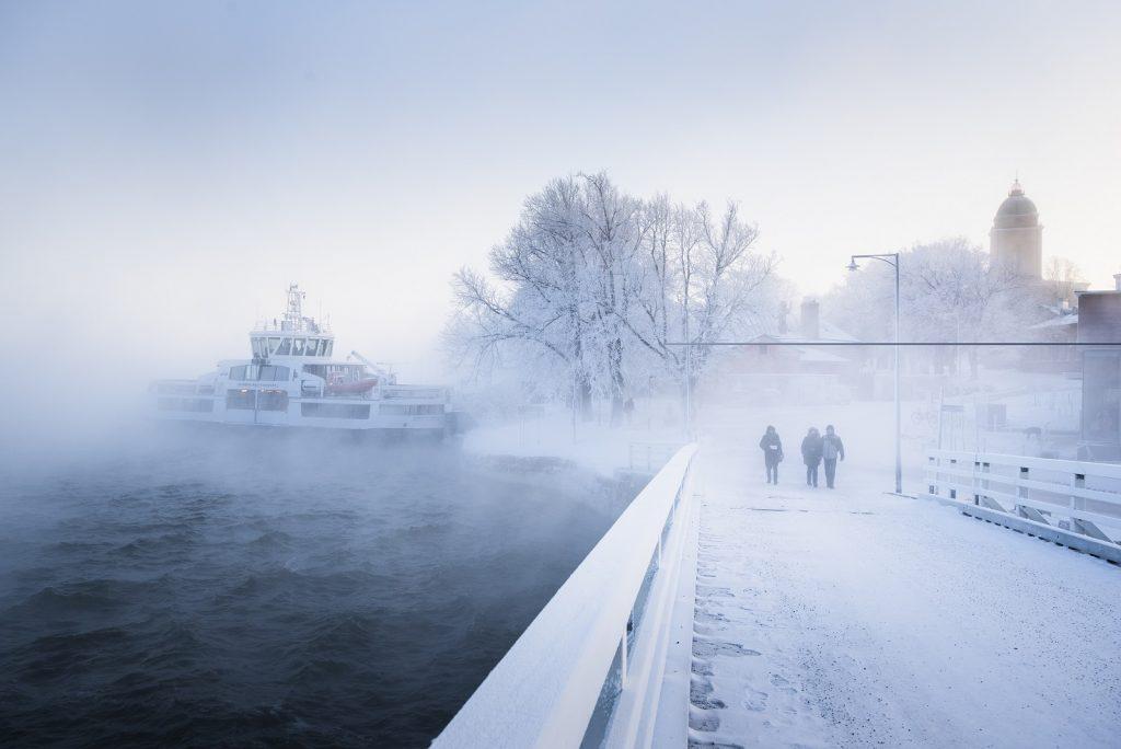 Suomenlinnan lautta talvella kuva SLHK 1